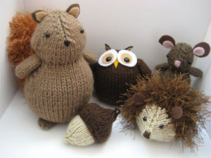Beginner Knitting Patterns Stuffed Animals : Knitting for Beginners: Stuffed Animals